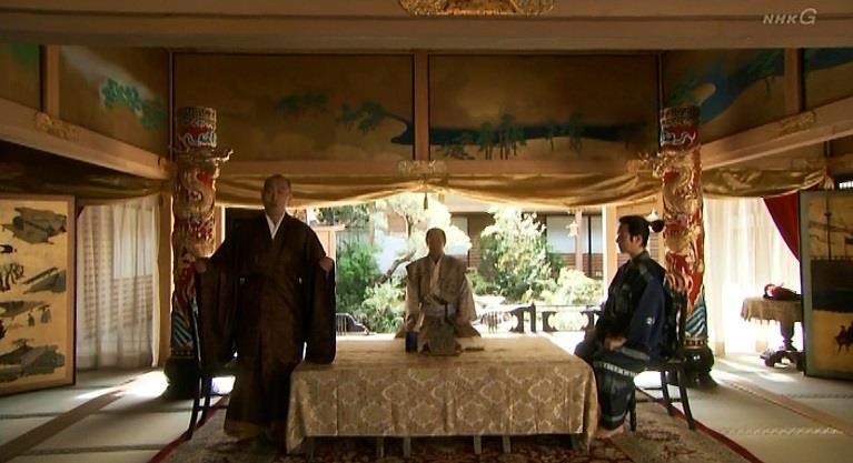 「そもそも沼田城は、上杉のモノであったところを天正6年御館の乱(おたてのらん)の際に、我が北条が奪いとった城でござる」板部岡江雪斎 真田丸