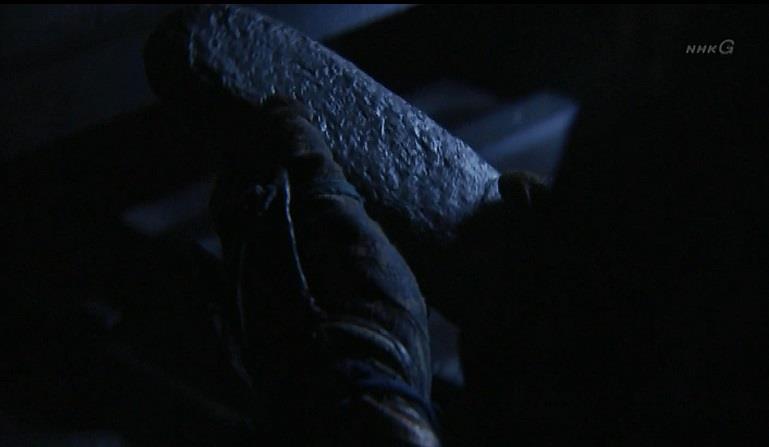 蔵に立ち寄った信繁は、鉛の塊を発見 真田丸