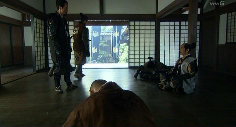 主君・北条氏政を助けられずうなだれる板部岡江雪斎 真田丸