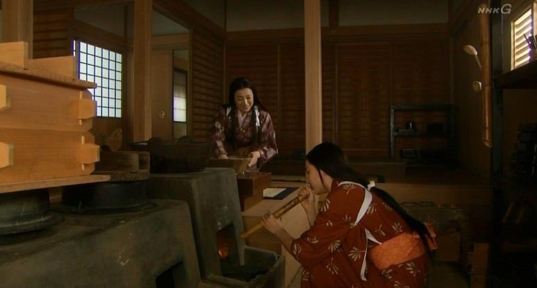 「ウチの人が大好きでねぇ、近頃しょぼくれとるで、これでも食べて、元気だしてもおう思てにゃあ」寧 真田丸
