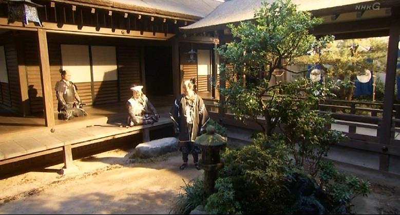 「徳川が北に向かっている間に、こちらで兵を上げ、大阪城を抑え、秀頼公を奉ずる。悪い手ではないな」大谷吉継 真田丸
