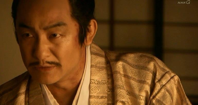 顔や首筋には赤い痣が見える大谷吉継 真田丸