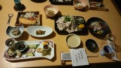 銀婚湯での食事