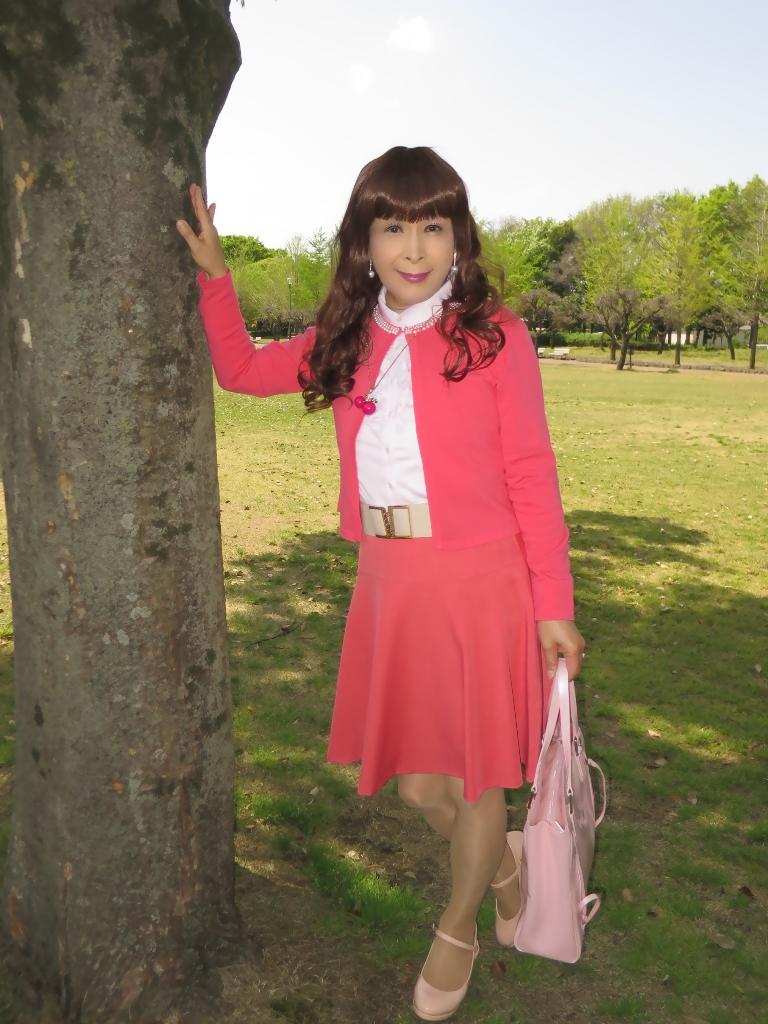 ピンクカーデピンクフレアスカート(1)