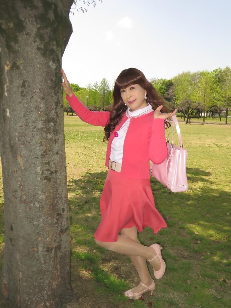 ピンクカーデピンクフレアスカート(2)