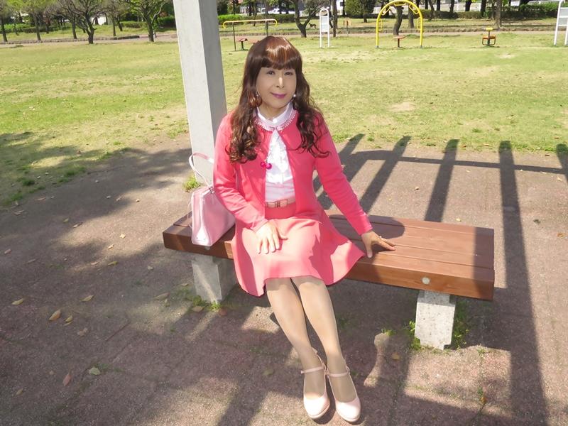 ピンクカーデピンクフレアスカート(8)