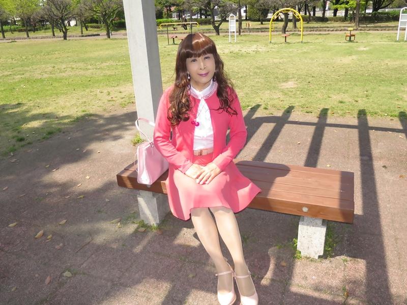 ピンクカーデピンクフレアスカート(9)