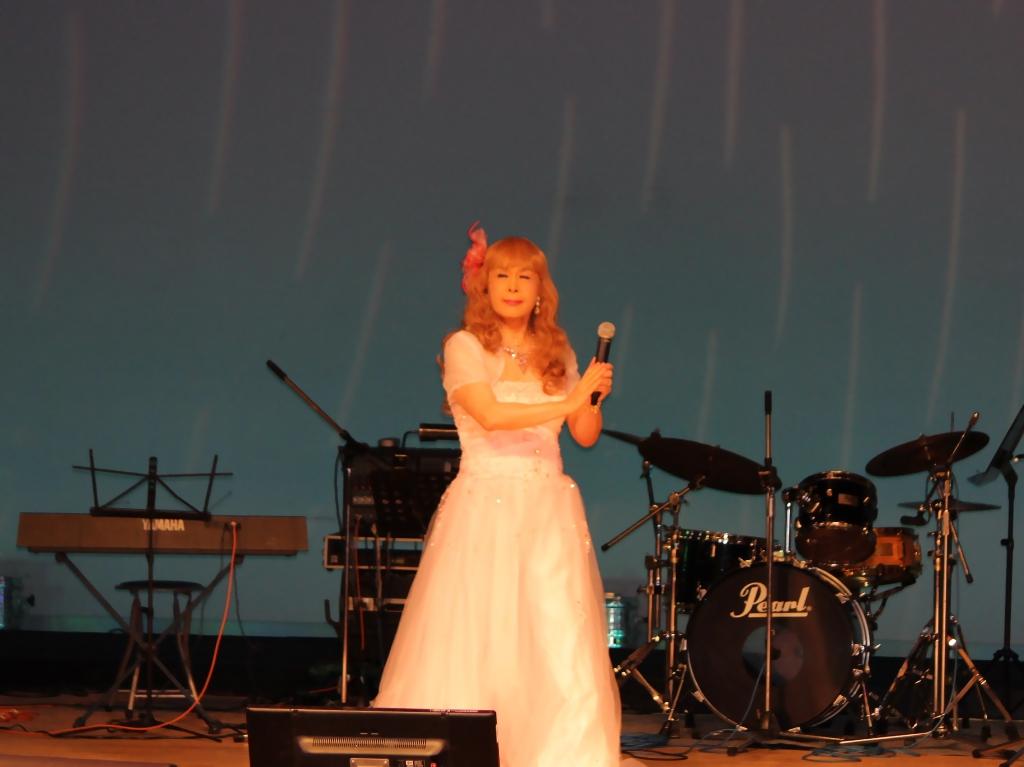 ピンクドレス舞台A(2)