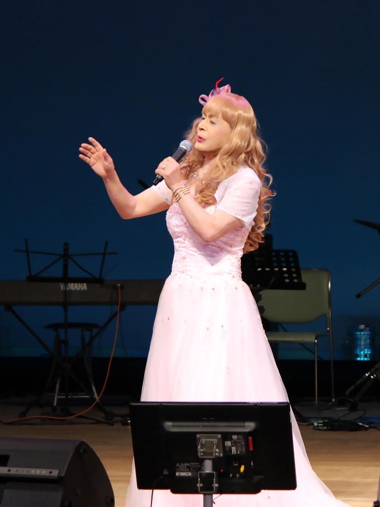 ピンクドレス舞台B(2)