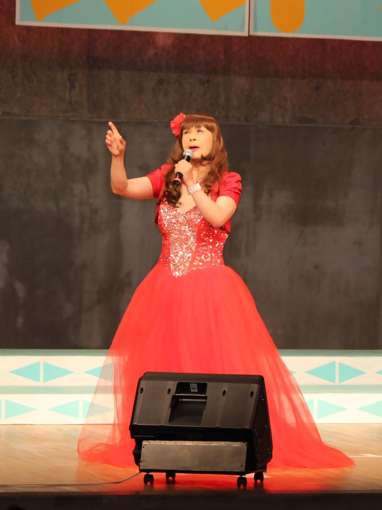 赤いドレス舞台A(1)