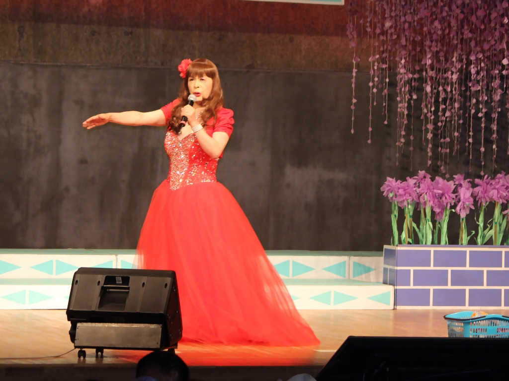 赤いドレス舞台B(3)