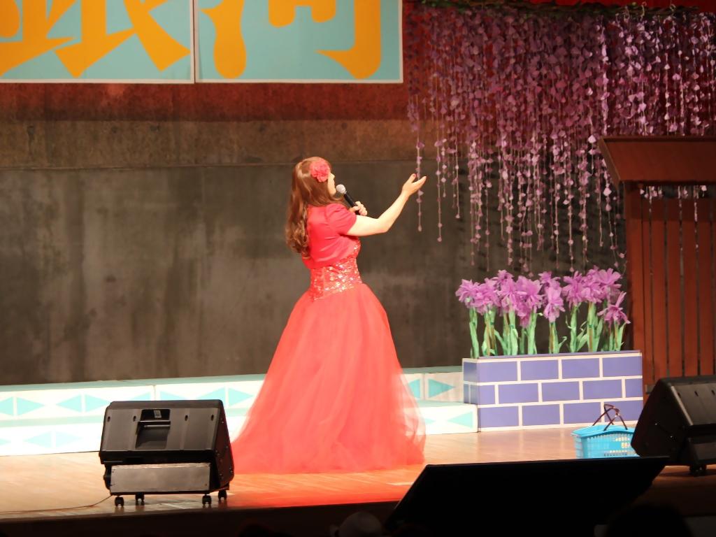 赤いドレス舞台B(5)