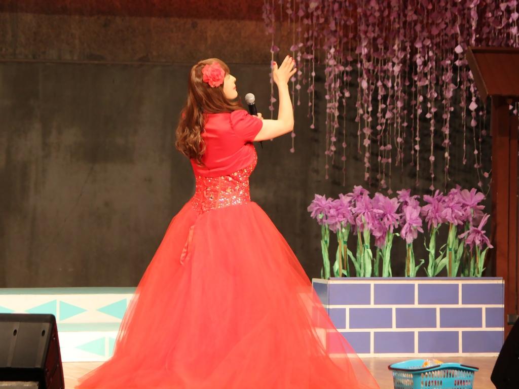赤いドレス舞台B(6)