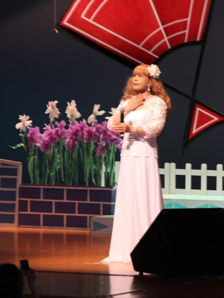 ホワイトドレス舞台(2)