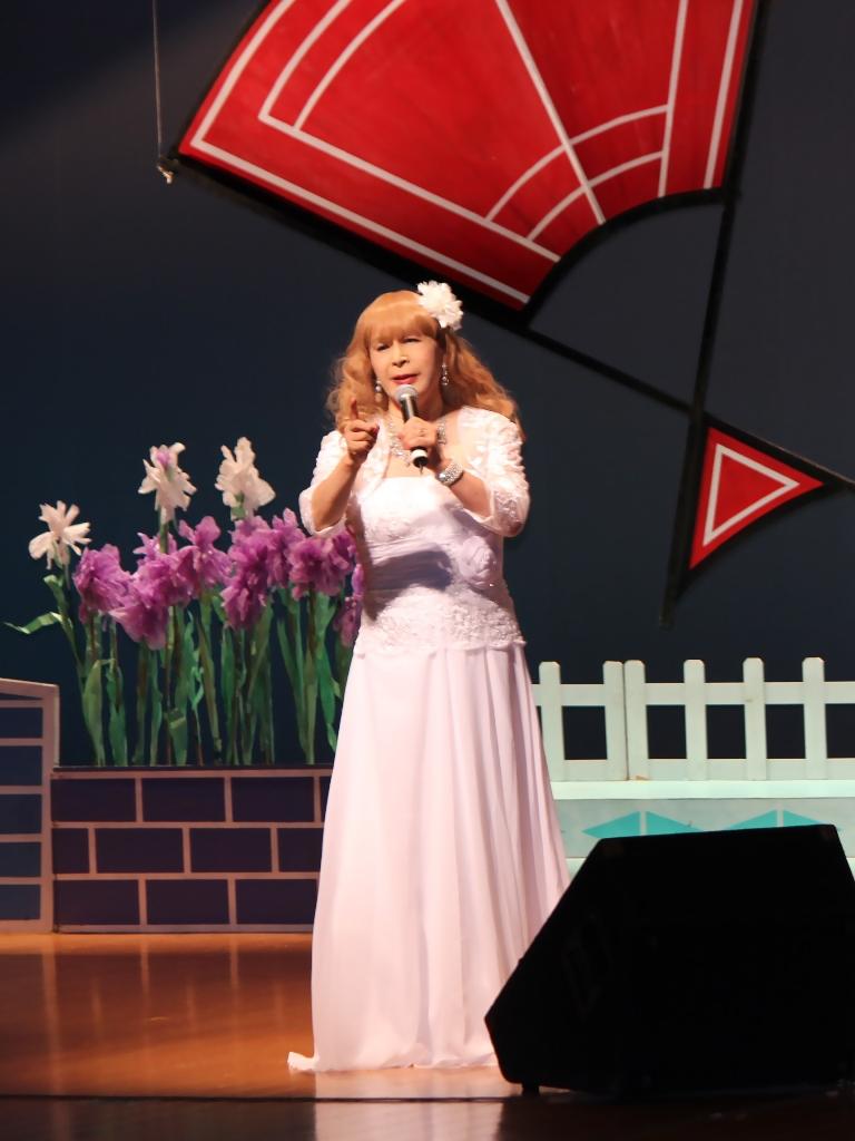 ホワイトドレス舞台(3)