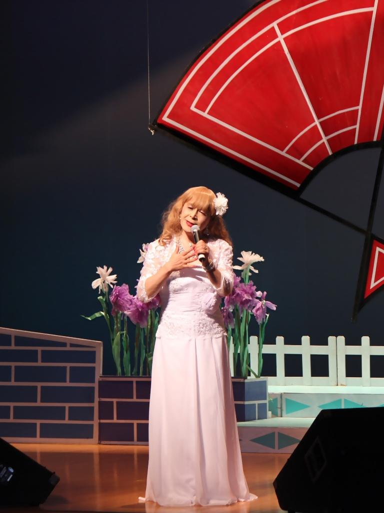 ホワイトドレス舞台(7)