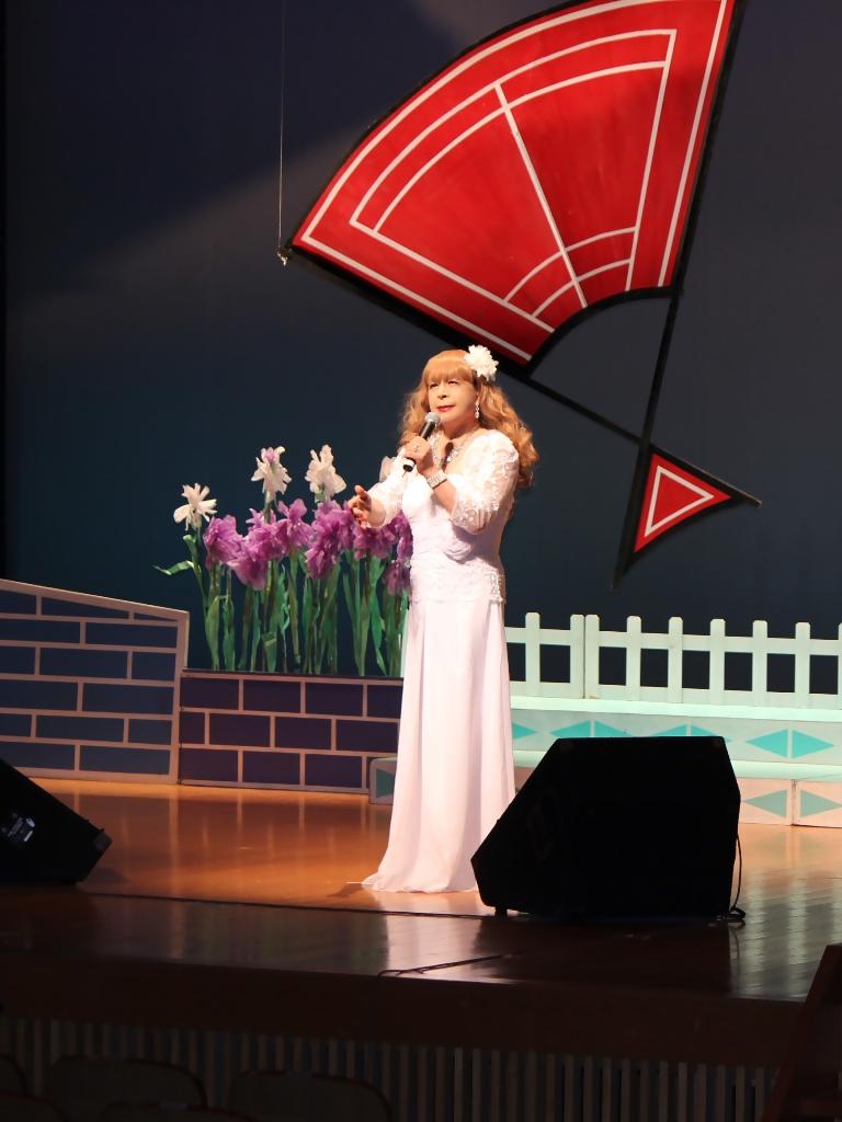 ホワイトドレス舞台(8)