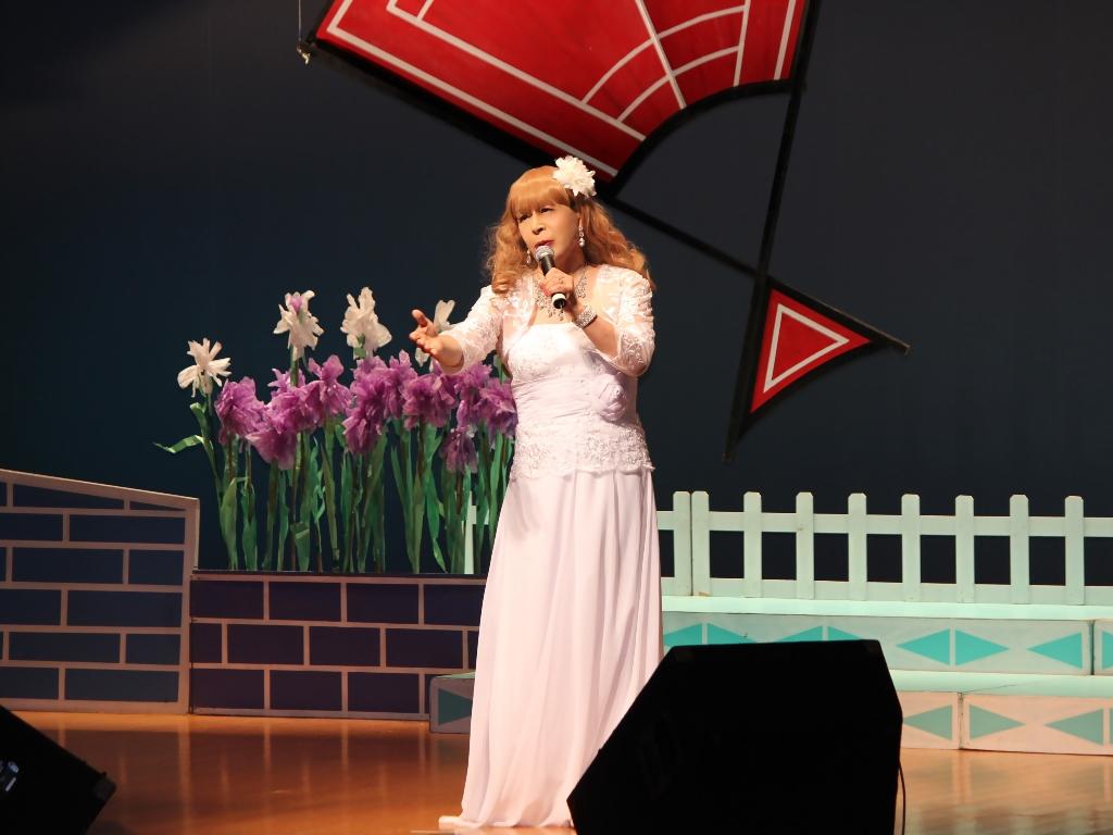 ホワイトドレス舞台(9)