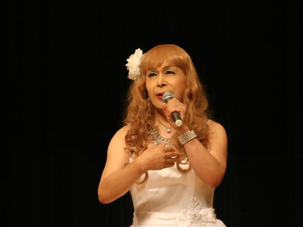 白ショートドレス舞台(4)