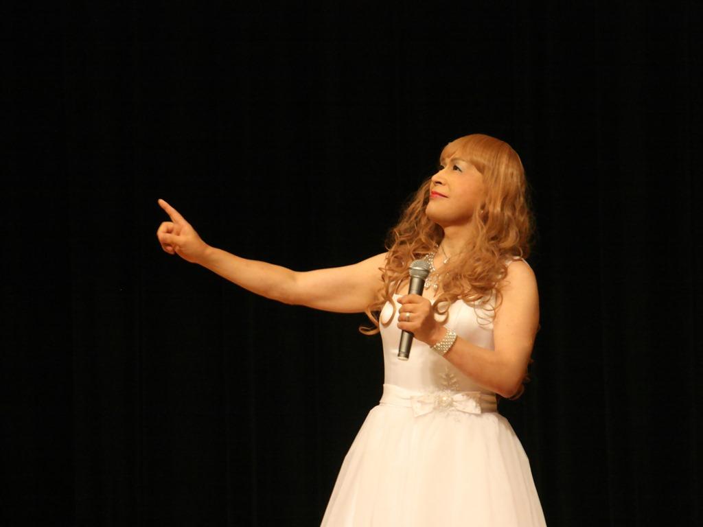 白ショートドレス舞台(6)