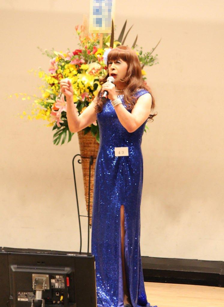 青スパンコールドレス舞台(2)