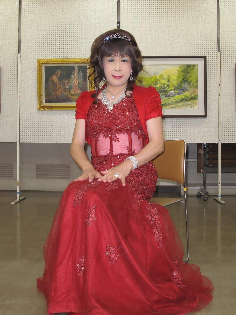 赤いドレス控室C(1)