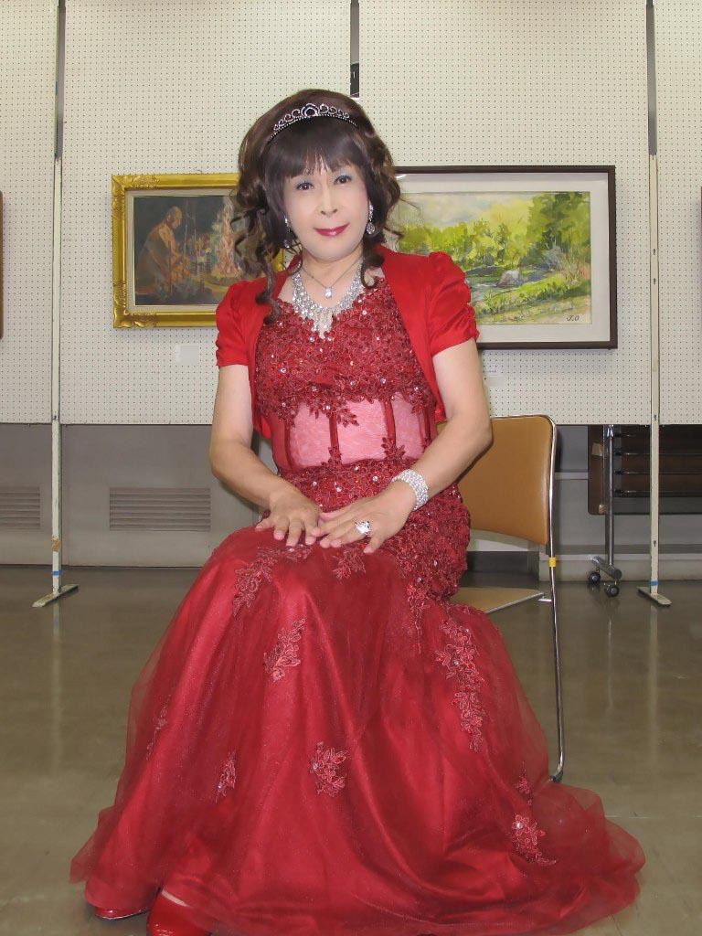 赤いドレス控室C(2)