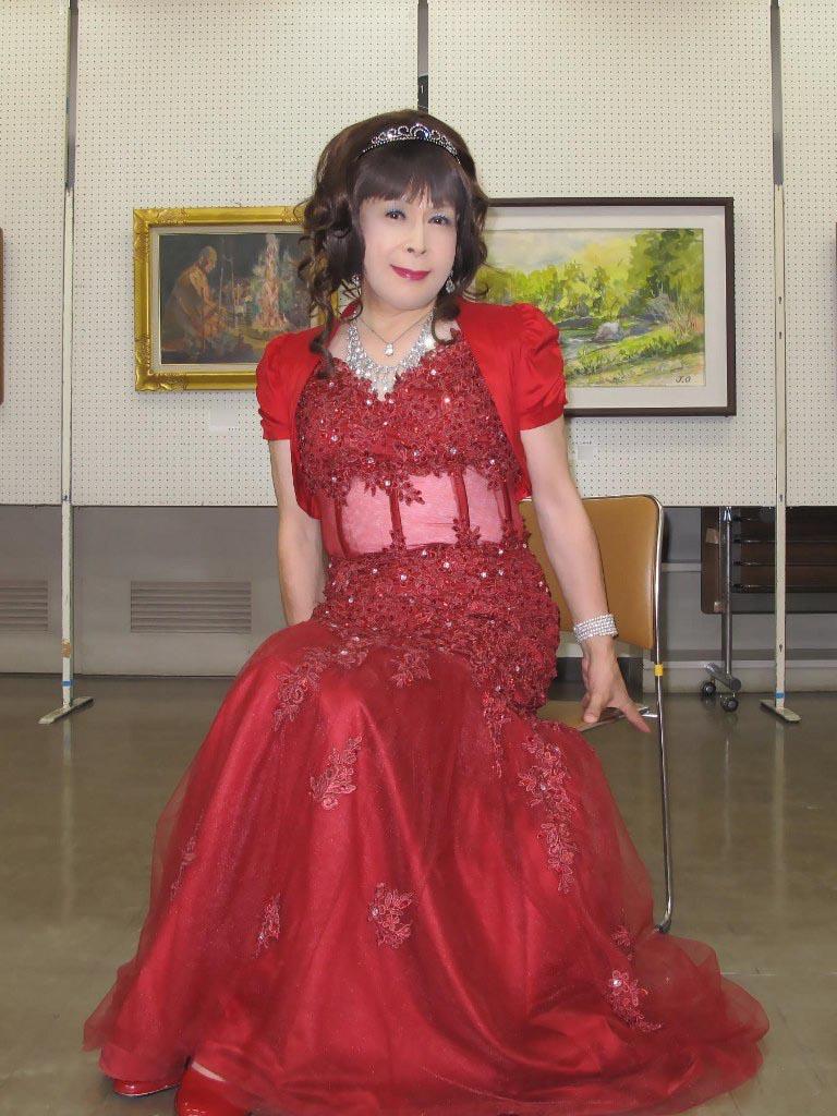 赤いドレス控室C(3)