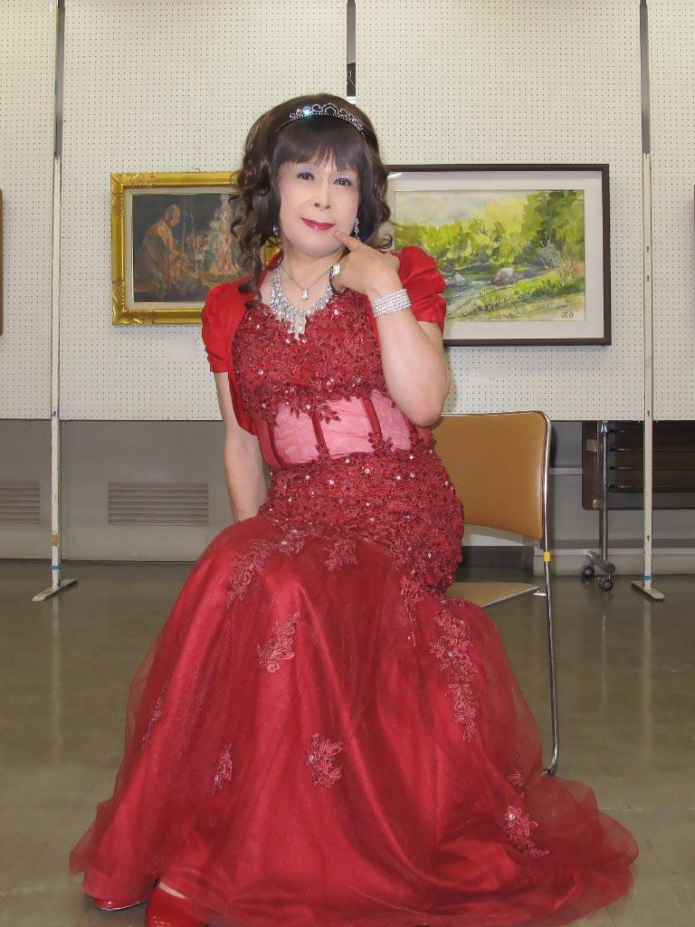 赤いドレス控室C(4)
