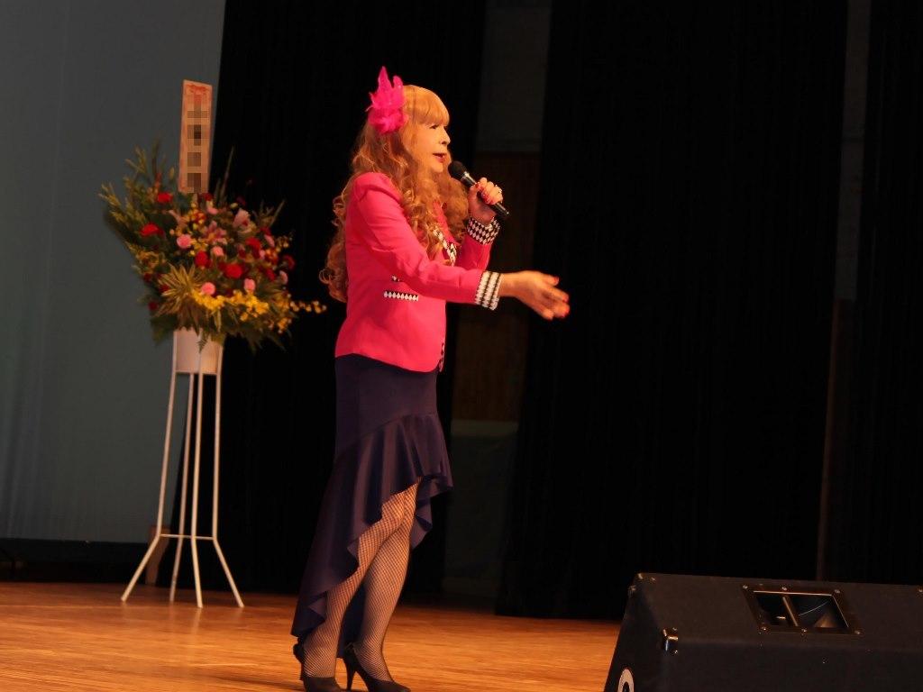 ピンクジャケットマーメイドスカート舞台A(2)