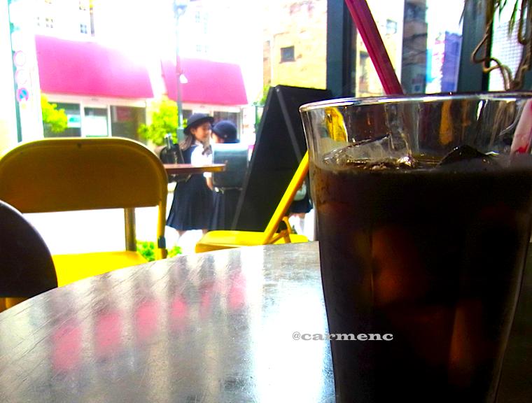 カフェから通り