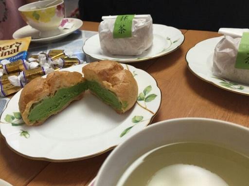 シュークリーム抹茶