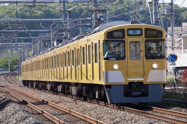 2016-04-29 西武2069F 回送