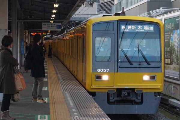 2015-12-12 西武6157F 各停新木場行き 6378レ