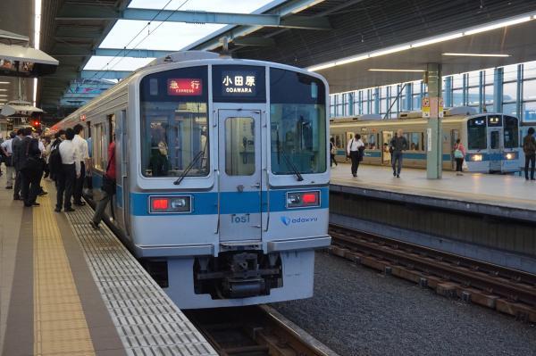 2016-05-22 小田急1051F 1081F