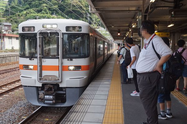 2016-08-03 東海道線313系シスT15編成 普通沼津行き