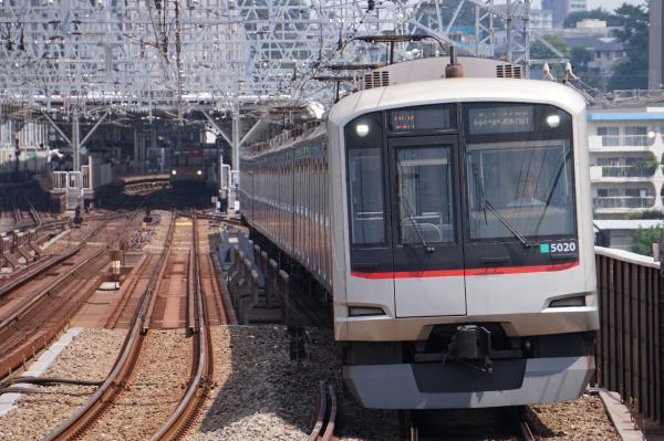2016-08-10 東急5120F 中央林間行き