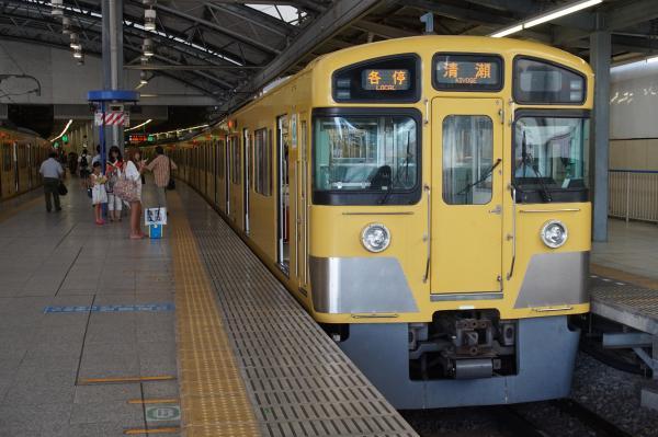 2015-08-11 西武2097F 各停清瀬行き 5855レ