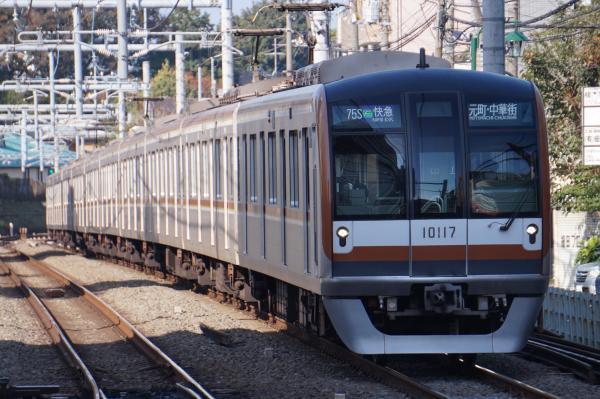 2016-11-13 メトロ10117F F快急元町・中華街行き 1708レ