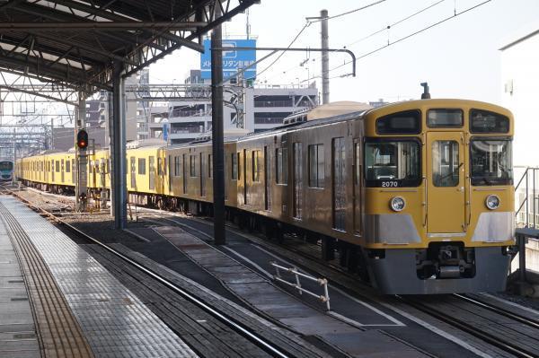 2016-11-13 西武2463F_2069F