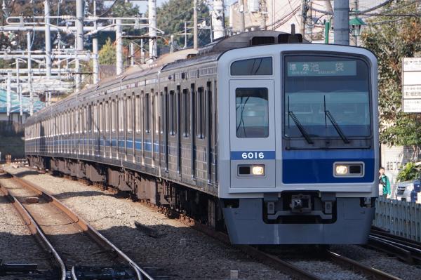 2016-11-13 西武6116F 準急池袋行き 4112レ