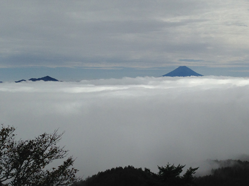 16101109笠取山