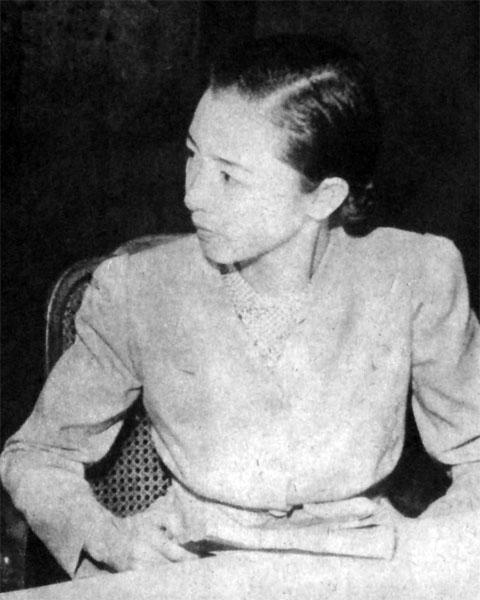 小夜福子1941july
