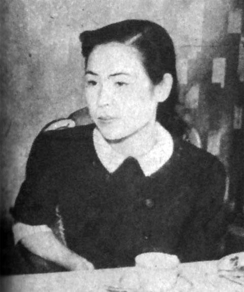 社敬子1941july