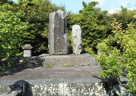 高伝寺5・鍋島公墓