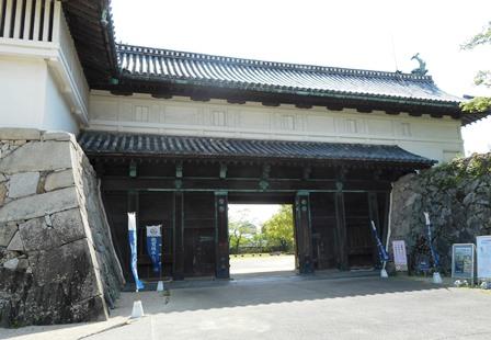 佐賀城1・鯱の門正面