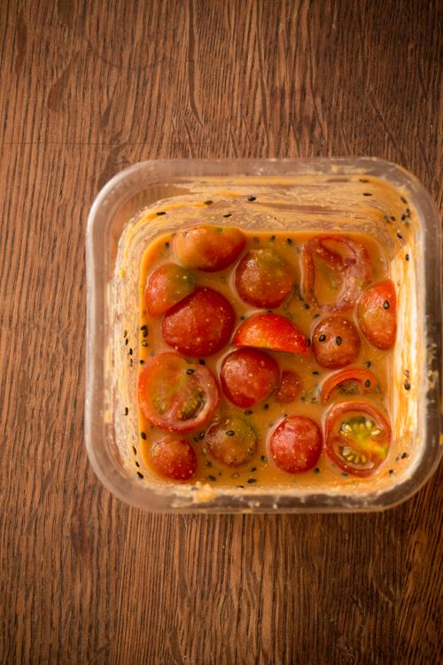 トマトの味噌漬け