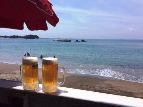 長者ケ崎海岸と生ビール