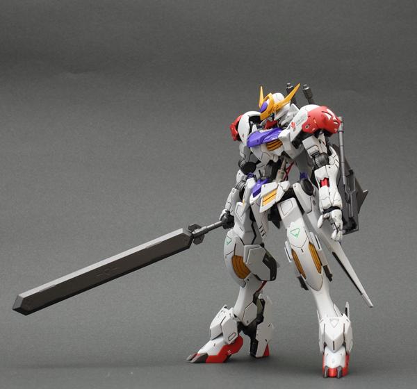 010-武器持ち-010