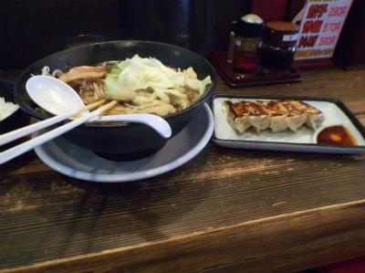 7.9ラーメンと餃子